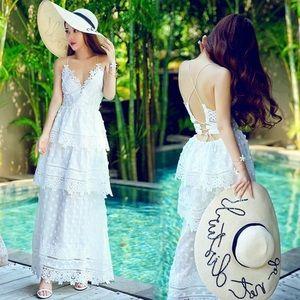 Dresses & Skirts - White Lace Dress NEED GONE